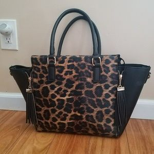 Handbags - Cheetah Print Leather Purse